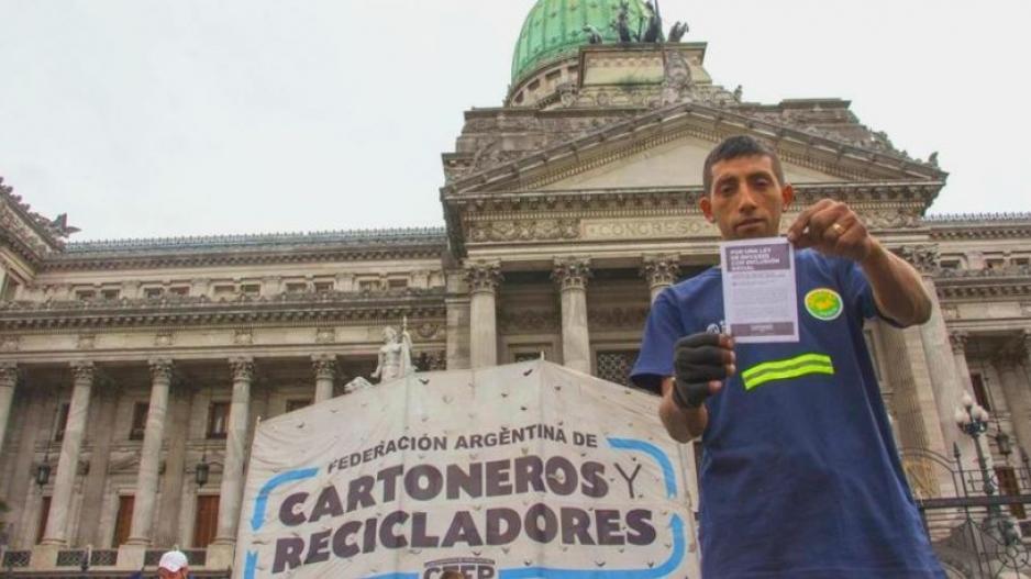 Federación Argentina de Cartoneros, Carreros y Recicladores